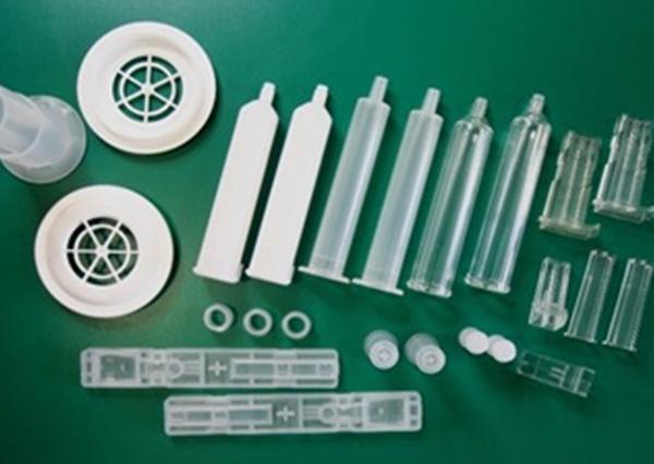 プラスチック成形